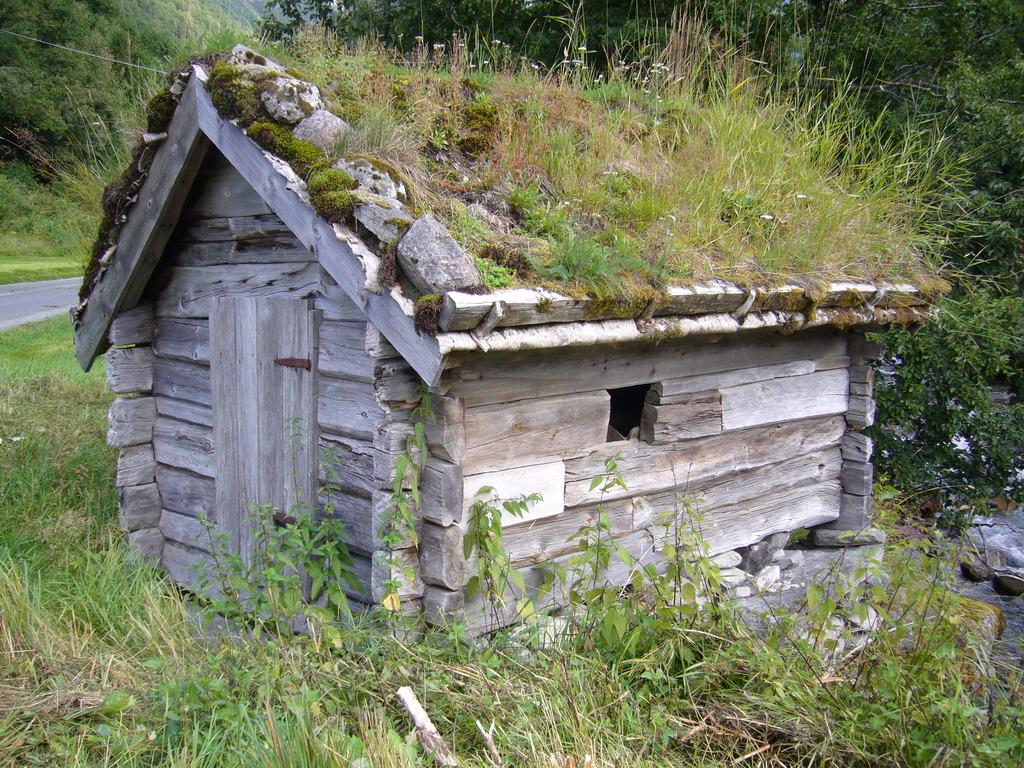 Kvernehus på Urke
